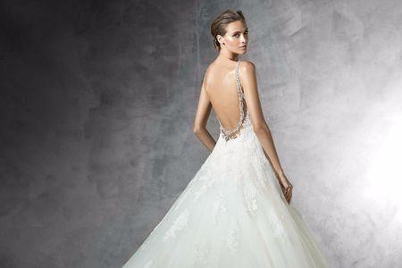 20 costas impactantes para o teu vestido de noiva