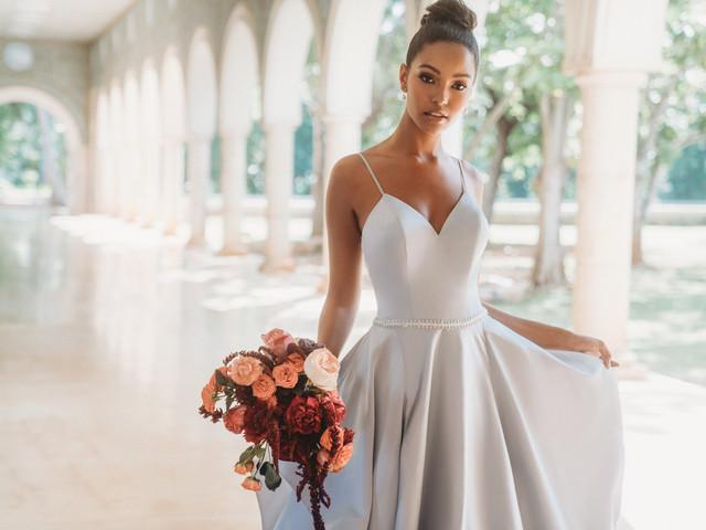 """Allure Bridals: uma marca """"all about details"""" com vestidos para todos os gostos"""