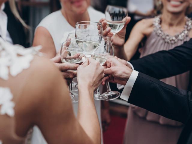 E que tal uma festa post-wedding? Temos 6 ideias para vocês!