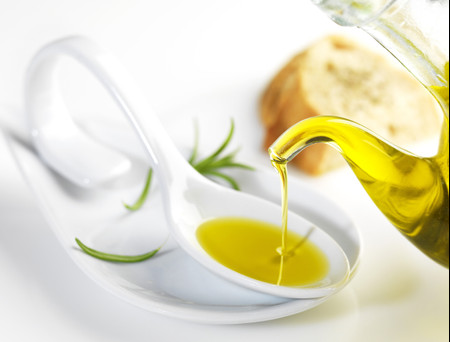 10 beneficios de azeite de oliva que tens de conhecer