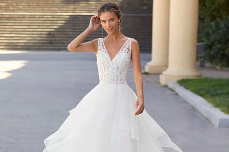 Vestidos de noiva Luna Novias 2021: romantismo e sensualidade