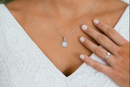 Como ter mãos perfeitas no teu casamento (mesmo para as noivas mais ocupadas)