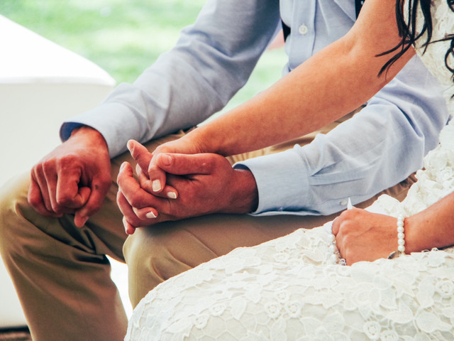 Adiar o casamento: como agir perante a possibilidade?