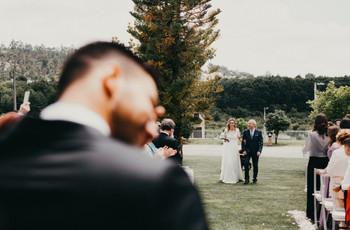 Entrada da noiva na igreja: o que (quase) todos os noivos pensam