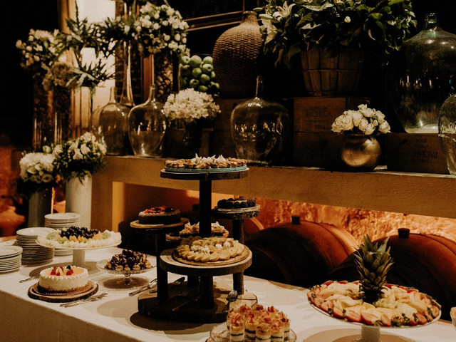 Mesa de café para o casamento: 6 dicas para construir um canto quente