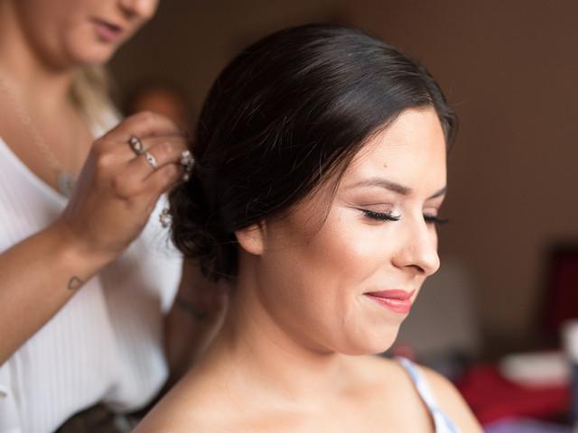 6 Dicas de penteados que melhor se adequam ao vestido de noiva