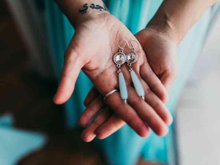 5 erros que as noivas cometem ao escolher os brincos