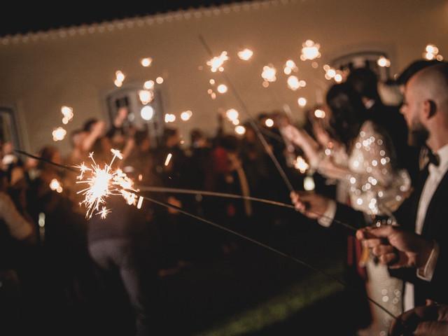 Espetáculo de fogo: 30 melhores fotos inspiradoras para o teu grande dia!