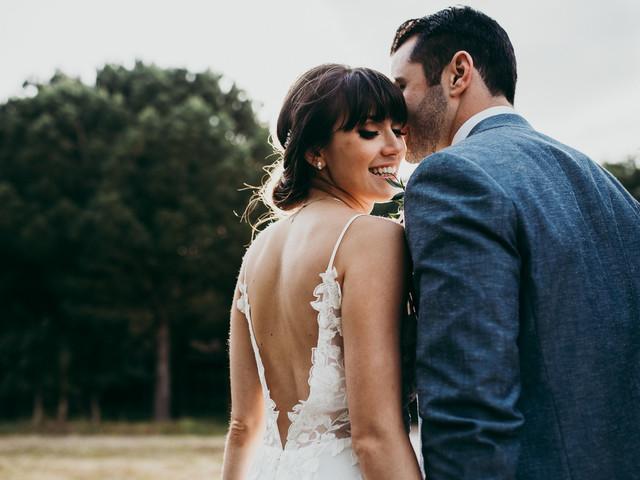 15 ideias de penteados para noivas que têm franja