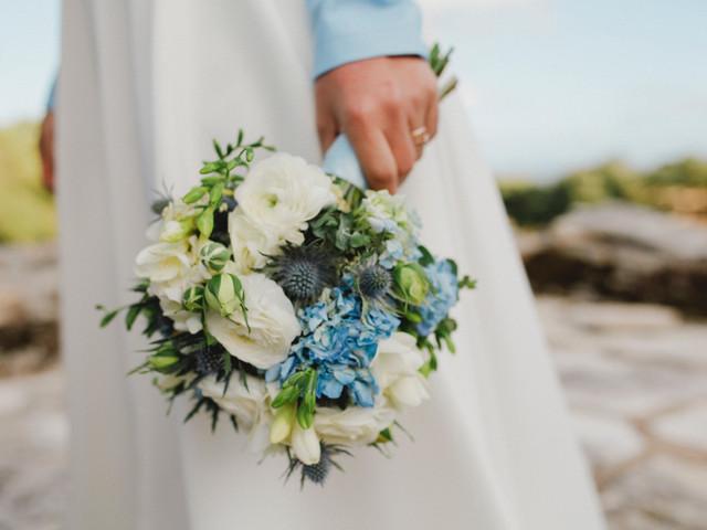 """Look de noiva com """"something blue"""": 8 propostas imperdíveis"""
