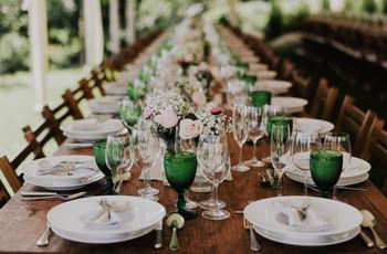 8 dicas infalíveis para organizar as mesas do copo de água