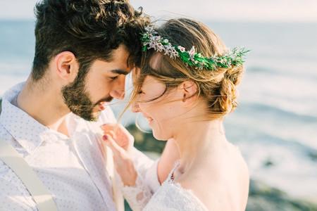 Os cuidados que devem ter ao anunciar o casamento nas redes sociais