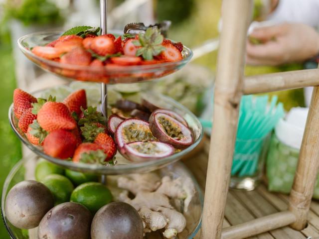 As melhores ideias para servir fruta no casamento