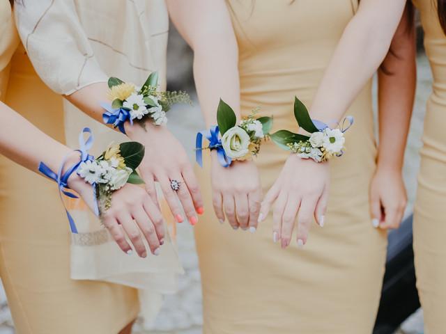 Corsage: a pulseira das madrinhas e das damas de honor