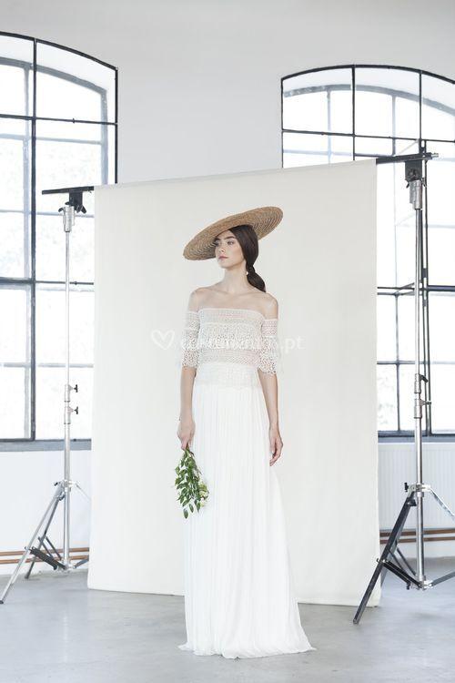 Anya, Divine Atelier