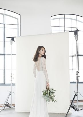 Lyra, Divine Atelier