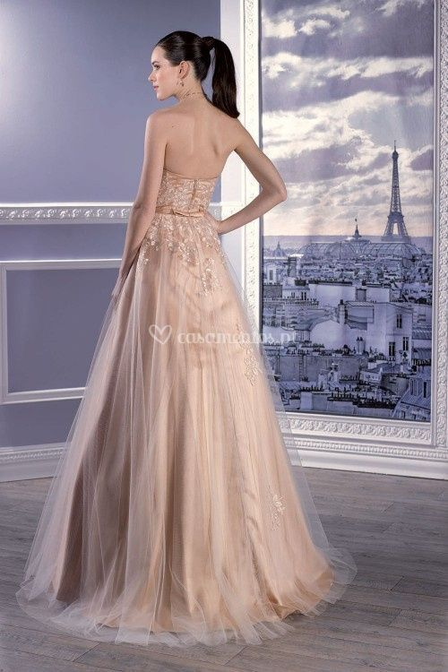 17303, Miss Paris