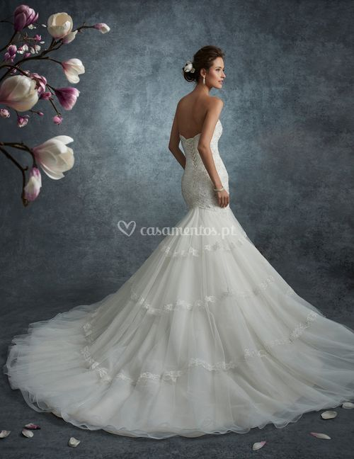Saturn, Mon Cheri Bridals