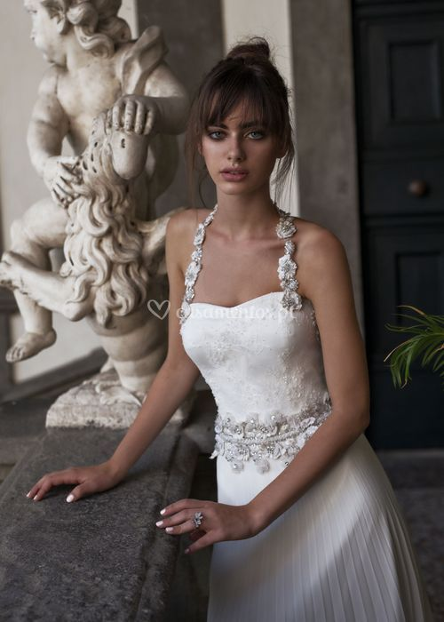 lures, Dovita Bridal