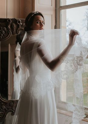 JOHANA, Pour Un Oui by Cymbeline