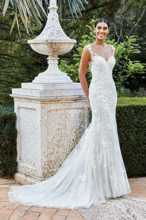 44213, Sincerity Bridal