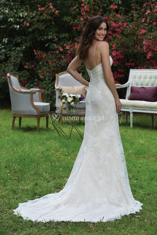 3940, Sincerity Bridal