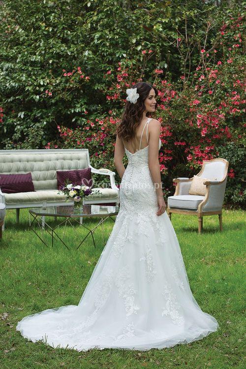 3955, Sincerity Bridal