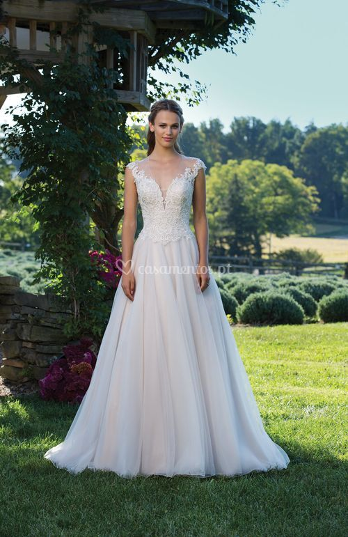 3975, Sincerity Bridal