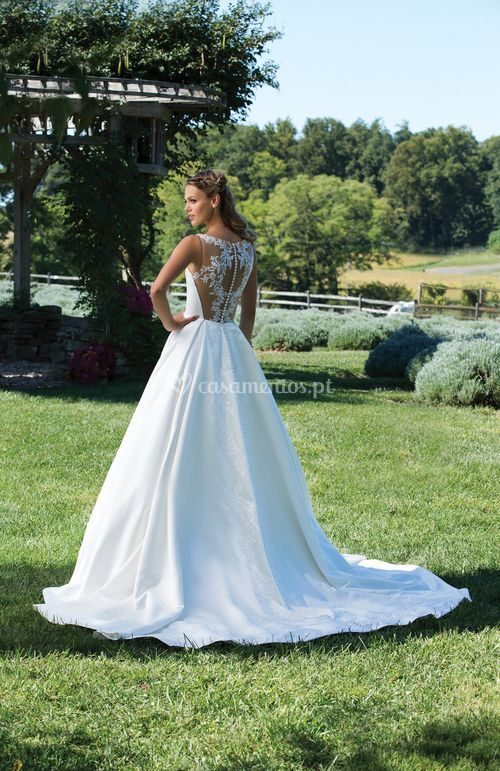 3987, Sincerity Bridal