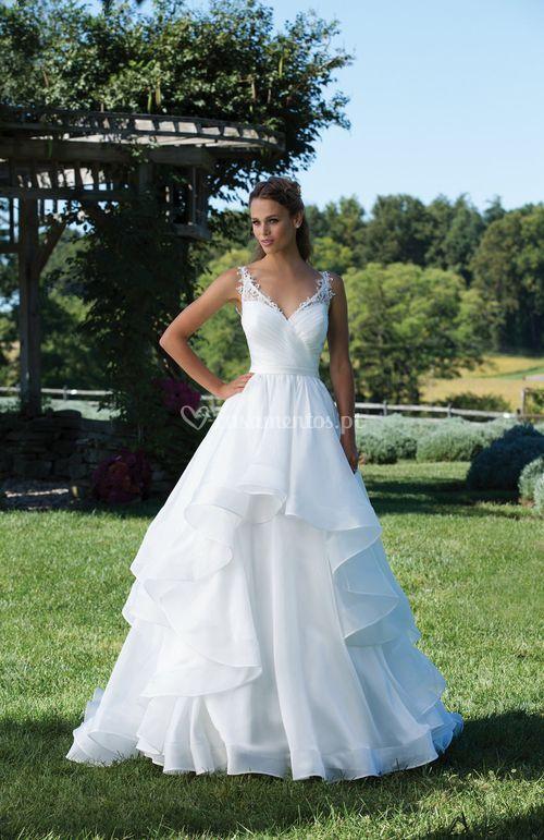 3993, Sincerity Bridal