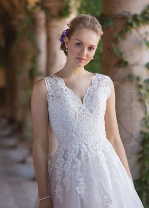 4032, Sincerity Bridal