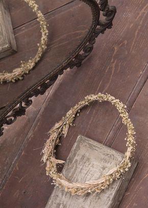isabel de farnesio crown, Laure de Sagazan
