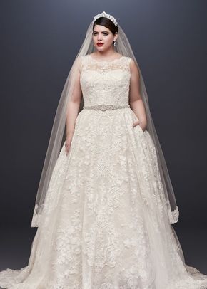 8000917 curvy , David's Bridal