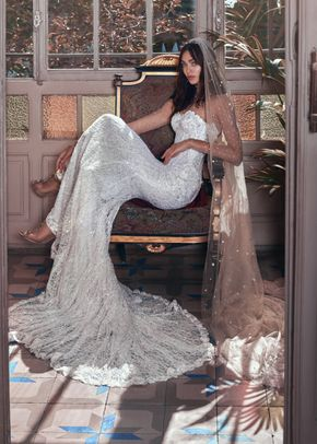 Inez and Stardust veil, Galia Lahav