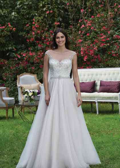 3943, Sincerity Bridal