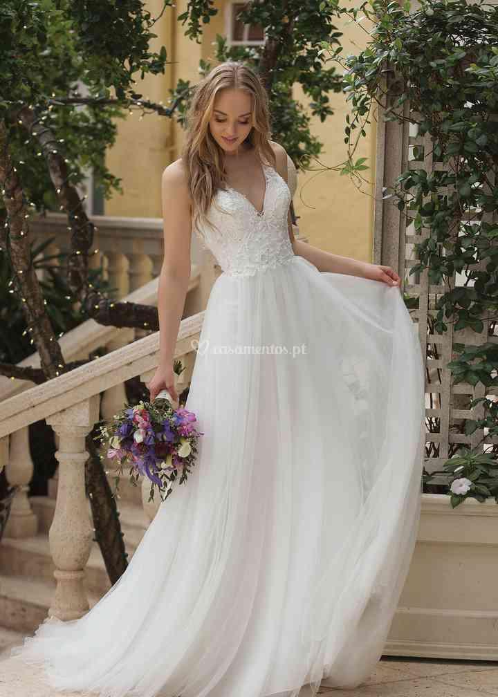 44105 Ivory, Sincerity Bridal