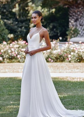 44070, Sincerity Bridal