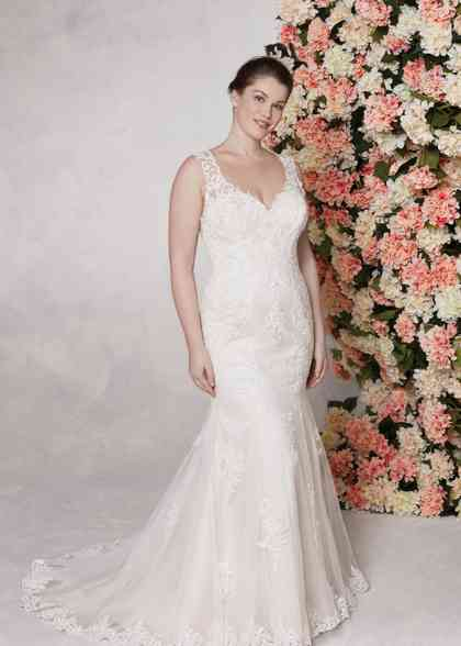 44142, Sincerity Bridal