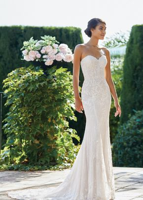 44215, Sincerity Bridal