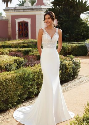 44225, Sincerity Bridal