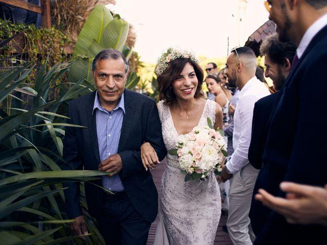 O casamento de Benoit e Kheira em Costa de Caparica, Almada 12