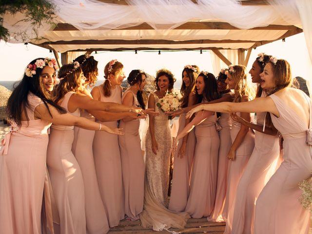 O casamento de Benoit e Kheira em Costa de Caparica, Almada 24