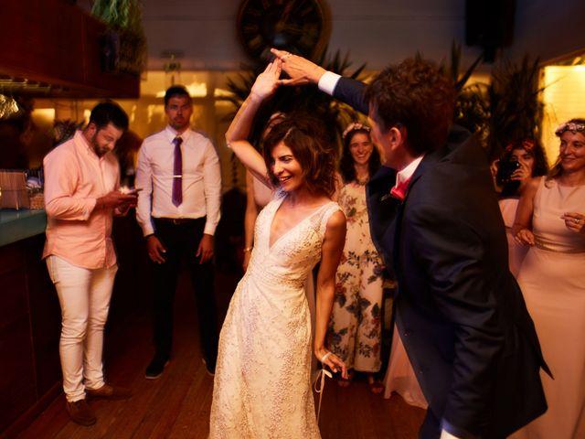 O casamento de Benoit e Kheira em Costa de Caparica, Almada 35