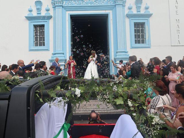 O casamento de Mário e Lara em Angra do Heroísmo, Terceira 7