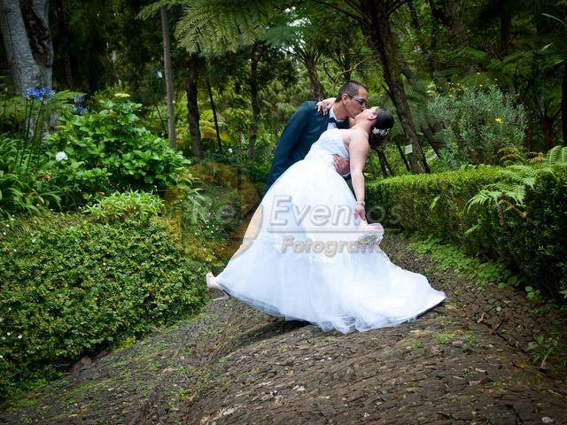 O casamento de Cristina e Délio em Camacha, Madeira 18