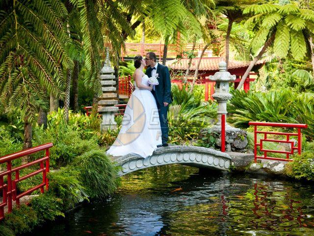 O casamento de Cristina e Délio em Camacha, Madeira 29