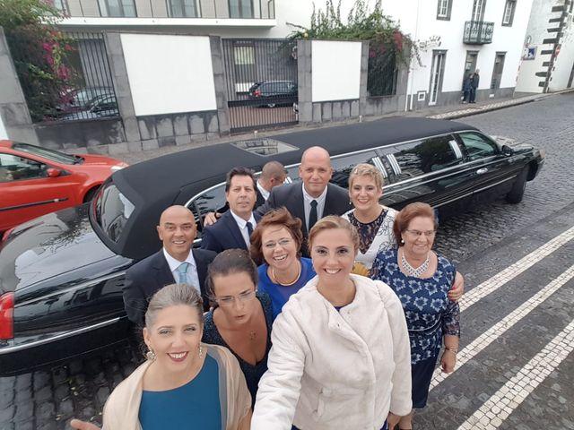 O casamento de Zeca e Tatiana em Ponta Delgada, São Miguel 10