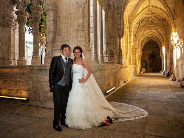 O casamento de Leandro e Bea em Vilar Formoso, Almeida 21