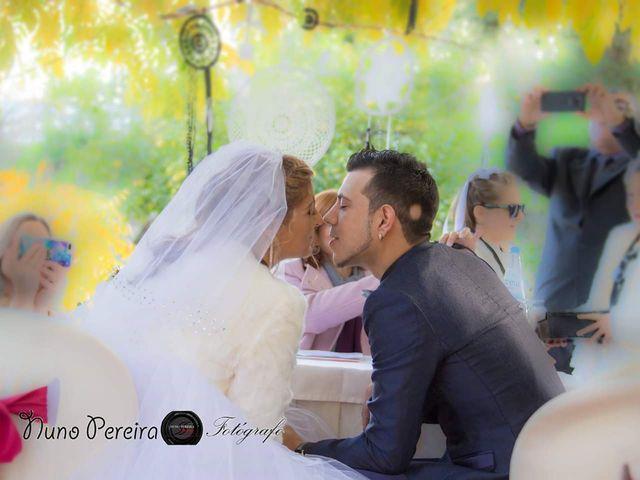 O casamento de Tânia  e Nuno em Fernão Ferro, Seixal 20