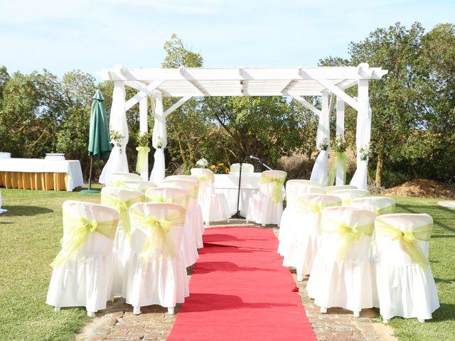 O casamento de Hugo e Sónia em Atouguia da Baleia, Peniche 4